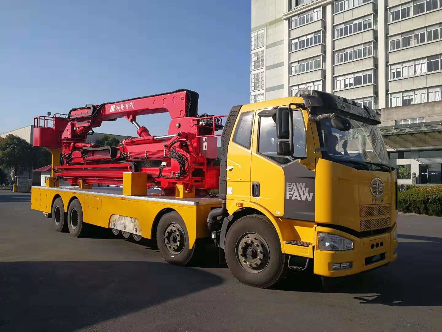 Bucket Type 18m Bridge Inspection Vehicle With FAW Chassis HZZ5311JQJJF