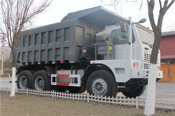 ZZ5707S3840AJ Heavy Mining Trucks With HW19710 Transmission And 10L Displacement